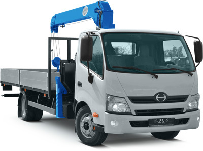 "<span style=""font-weight: bold;"">Toyota Hino 300</span>"